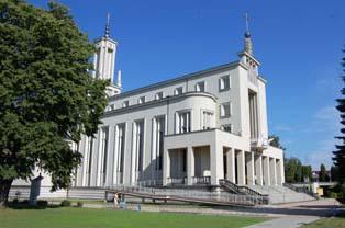 Klasztor Niepokalanów w Paprotni